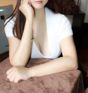 人形町完全個室メンズエステ 凛~Rin~ 岩田 愛梨